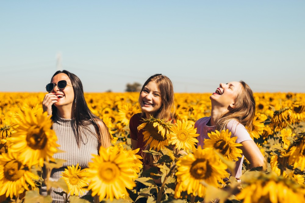 Идеи фото для подруг летом