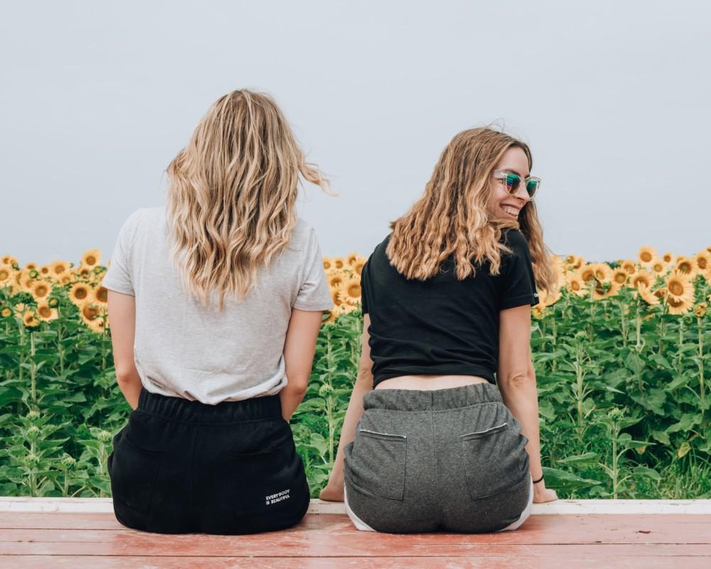 Съемка с подругой в поле